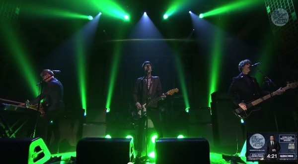 Johnny marr tonight show starring jimmy fallon easy money
